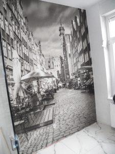 Naklejanie i montaż fototapet Gdańsk